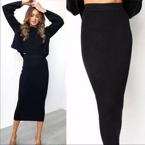 Dresses & Skirts - Price ⬇️ Ribbed Black Midi Skirt